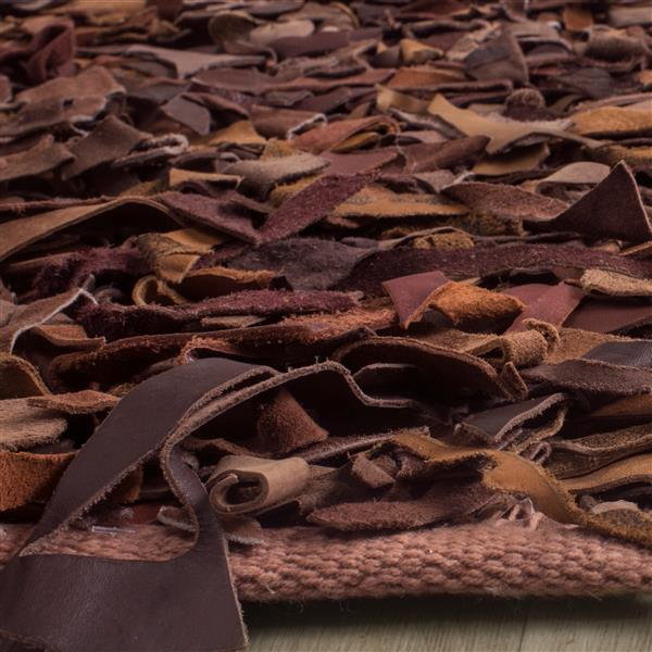 Safavieh Leather Shag Decorative Rug - 2.3' x 9' - Saddle