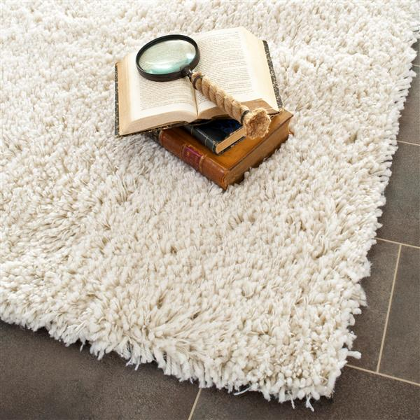 "Safavieh Shag Decorative Rug - 7' 6"" x 9' 6"" - White"