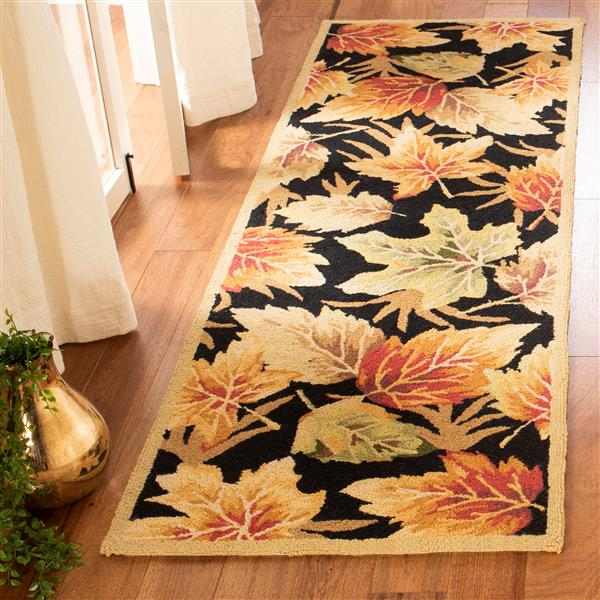 "Safavieh Chelsea Decorative Rug - 2' 6"" x 8' - Black"