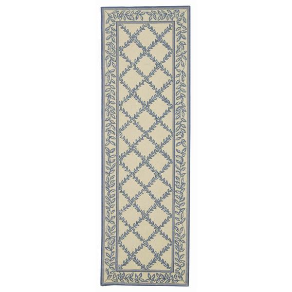 "Safavieh Chelsea Decorative Rug - 2' 6"" x 6' - Ivory/Light Blue"