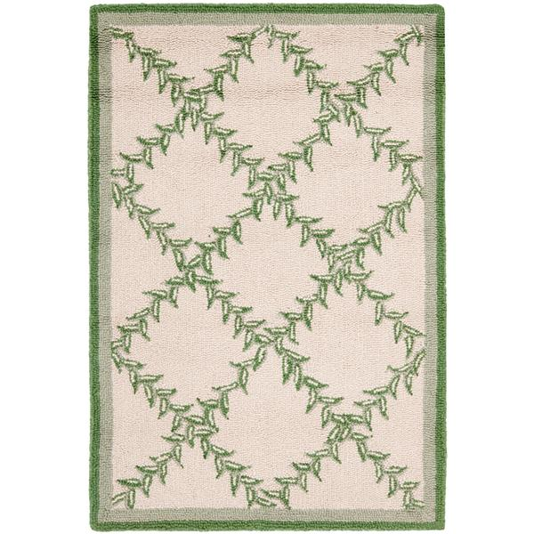 "Safavieh Chelsea Decorative Rug - 2' 6"" x 4' - Ivory/Light Green"