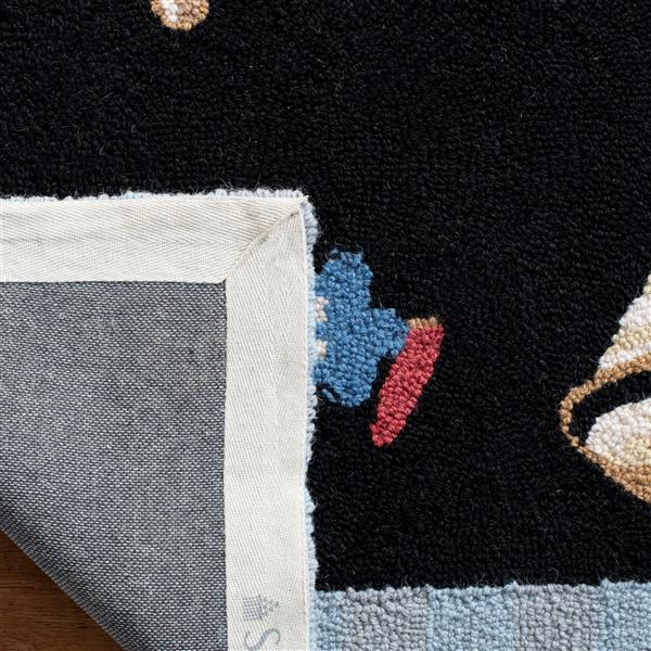 "Safavieh Chelsea Decorative Rug - 1' 8"" x 2' 6"" - Black"