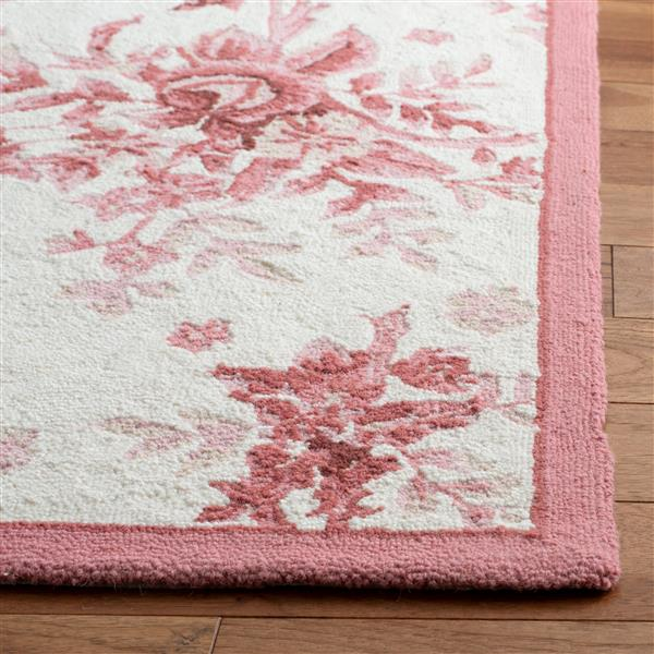 "Safavieh Chelsea Decorative Rug - 1' 8"" x 2' 6"" - Ivory/Rose"