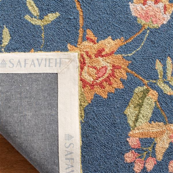 "Safavieh Chelsea Decorative Rug - 2' 6"" x 4' - Light Blue"
