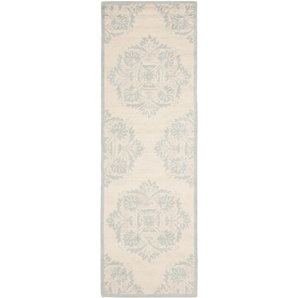 "Safavieh Chelsea Decorative Rug - 2' 6"" x 8' - Ivory/Blue"