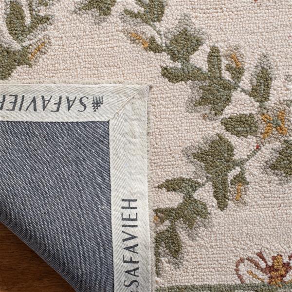 "Safavieh Chelsea Decorative Rug - 1' 8"" x 2' 6"" - Ivory/Green"
