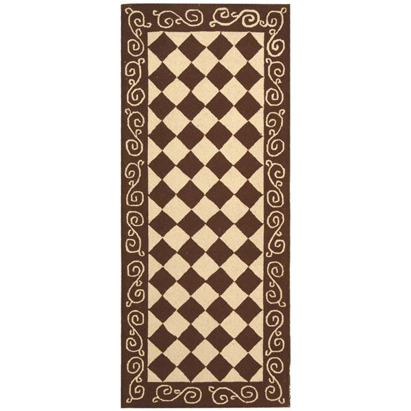 "Safavieh Chelsea Decorative Rug - 2' 6"" x 6' - Brown/Ivory"