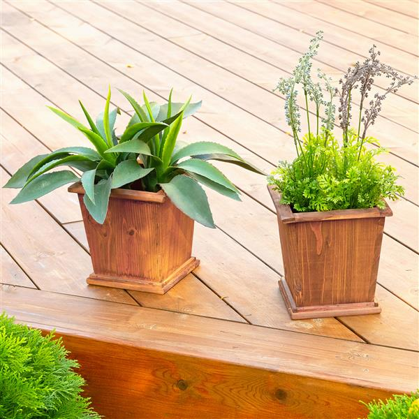 Leisure Season Sheffield Square Planters - 8-in x 8-in - Cedar - Brown