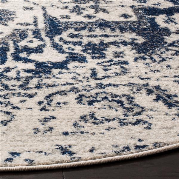 Safavieh Madison Rug - 5' x 5' - Polyester - Cream/Navy Blue