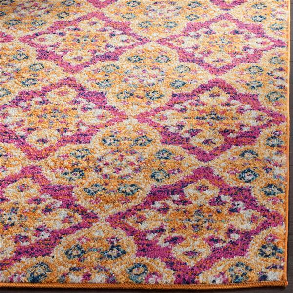 Safavieh Madison Floral Rug - 3' x 5' - Polyester - Fuchsia/Gold