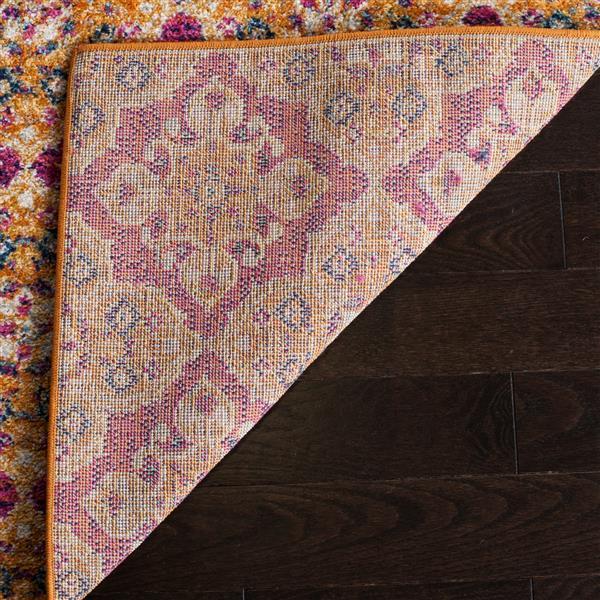 Safavieh Madison Floral Rug - 5.1' x 7.5' - Polyester - Fuchsia/Gold