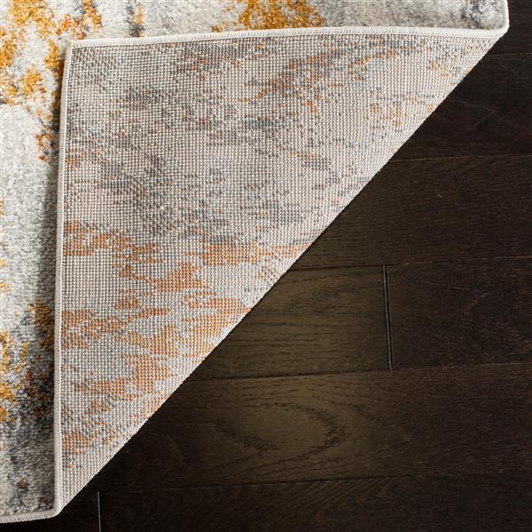 Safavieh Madison Ikat Rug - 4' x 6' - Polyester - Cream/Orange