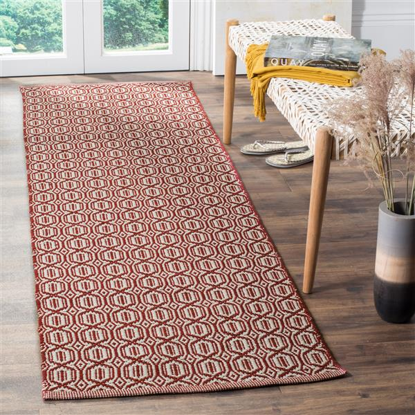 Safavieh Montauk Geometric Rug - 2.3' x 8' - Cotton - Ivory/Red