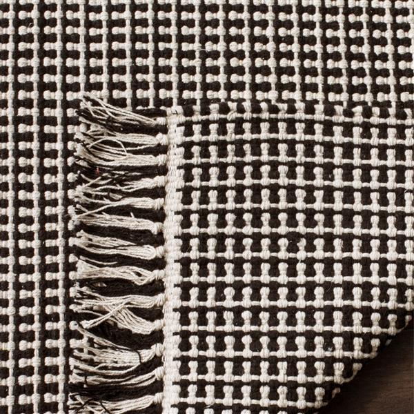 Safavieh Montauk Geometric Rug - 4' x 6' - Cotton - Ivory/Black