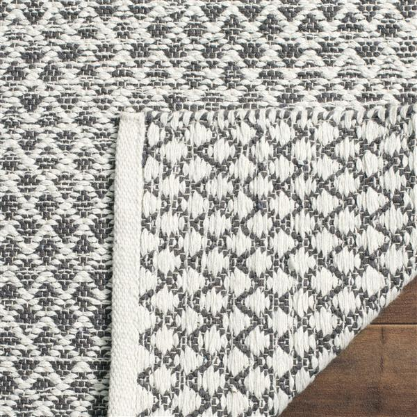 Safavieh Montauk Ombre Rug - 4' x 6' - Cotton - Light Gray/Ivory