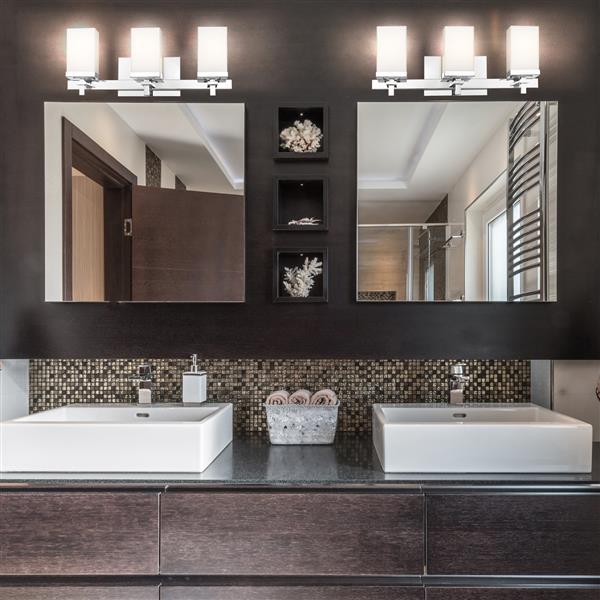 Golden Lighting Maddox 3-Light Bathroom Vanity Light - Chrome