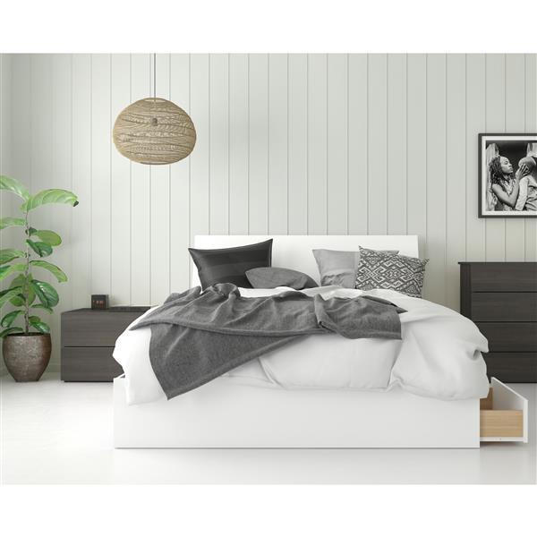 Nexera Icon Contemporary Queen Bedroom Set - 3 Pieces - Ebony/White