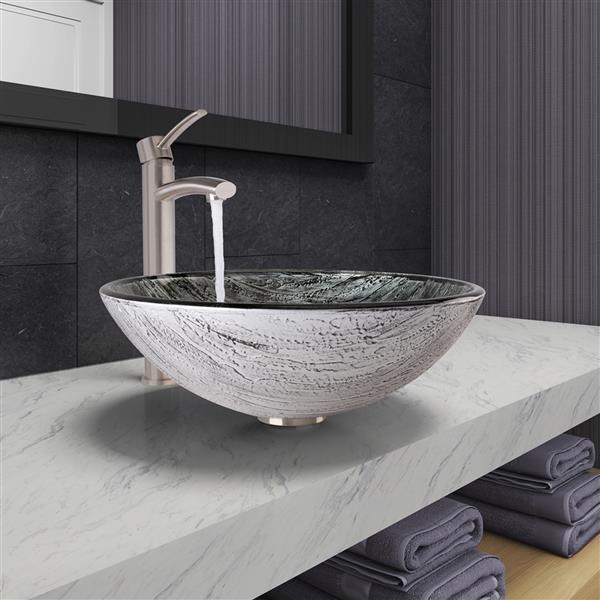 Vasque et robinet de salle de bain «Titanium» de Vigo(MD)