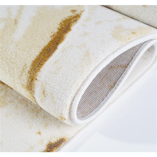 La Dole Rugs®  Floral Area Rug - 5.3' x 7.5' - Polypropylene - Beige/Cream