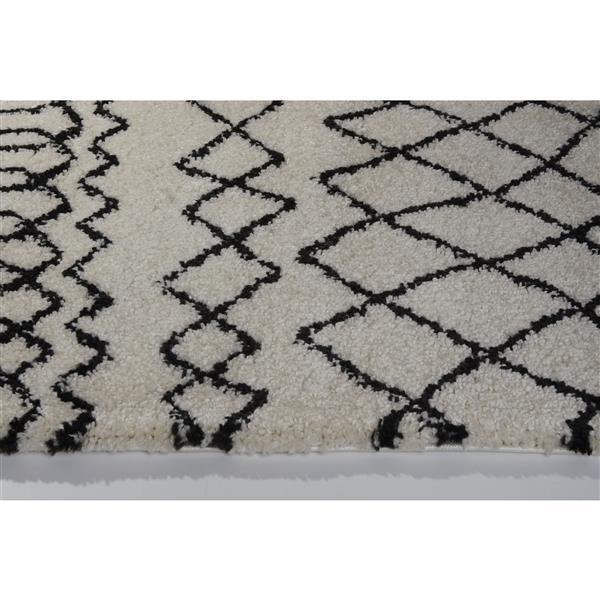 La Dole Rugs®  Area Rug - 6.4' x 9.4' - Polypropylene - Ivory/Dark Gray