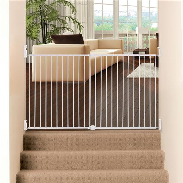 Dremababy® Broadway Xtra-Wide Gro-Gate® Safety Gate