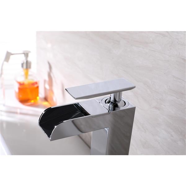 Lukx Splash John Single-Handle Bathroom Faucet - Chrome