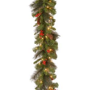 Guirlande en épinette avec lumières claires Crestwood® National Tree Co., 9'