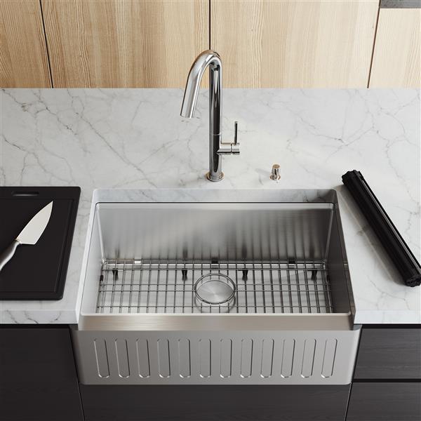 en-CA Oxford Slotted Stainless Steel 30-in Sink - Oakhurst Faucet and Soap Dispenser Chrome