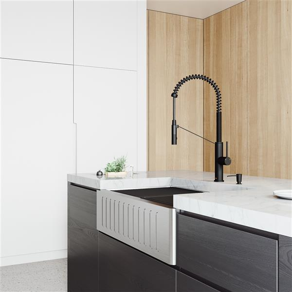 VIGO Oxford Single Bowl Kitchen Sink - Stainless Steel - Faucet and Soap Dispenser - 33-in