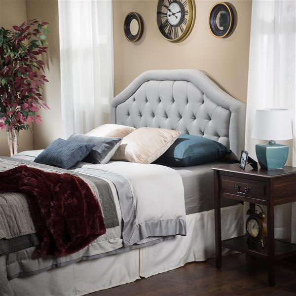 Tête de lit Felix de Best Selling Home Decor, très grand lit, gris pâle