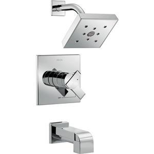 Garniture de baignoire et douche Ara Série 17 de Delta, chrome