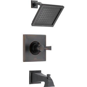 Garniture de douche Pivotal Série 14 de Delta, technologie H2Okinetic, noir mat