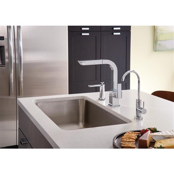 Moen 90 Degree Kitchen Faucet - One-Handle Pullout - Chrome