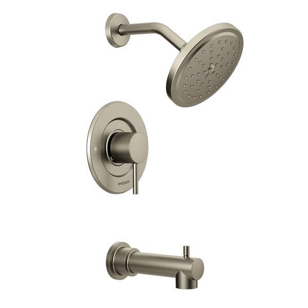 Garniture de robinetterie pour baignoire et douche Align de Moen, nickel brossé