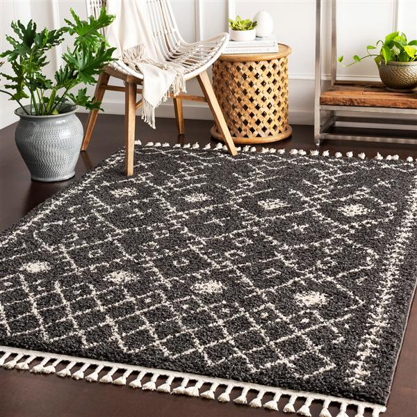 Surya Berber Shag Bohemian Area Rug - 7-ft 10-in x 10-ft 3-in - Rectangular - Black