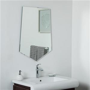 Miroir sans cadre biseauté Penta de Décor Wonderland, 31,5 po x 23,6 po