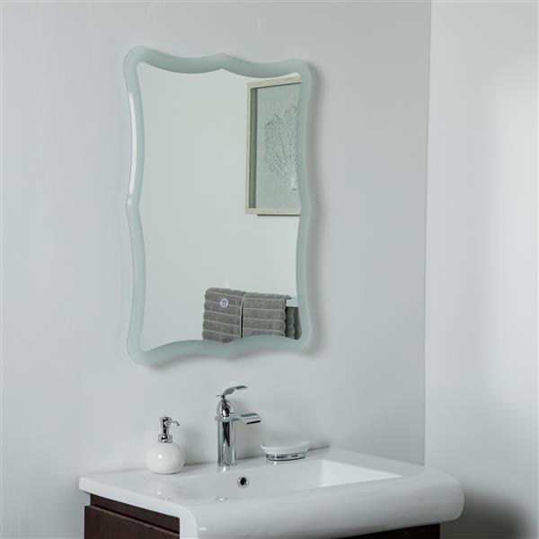 Decor Wonderland Nikita LED Bathroom Mirror  23.6-in x 31.5-in