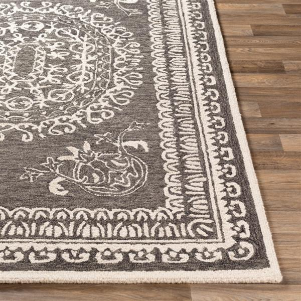 Surya Newcastle Traditional Area Rug - 8-ft x 10-ft - Rectangular - Black/Cream
