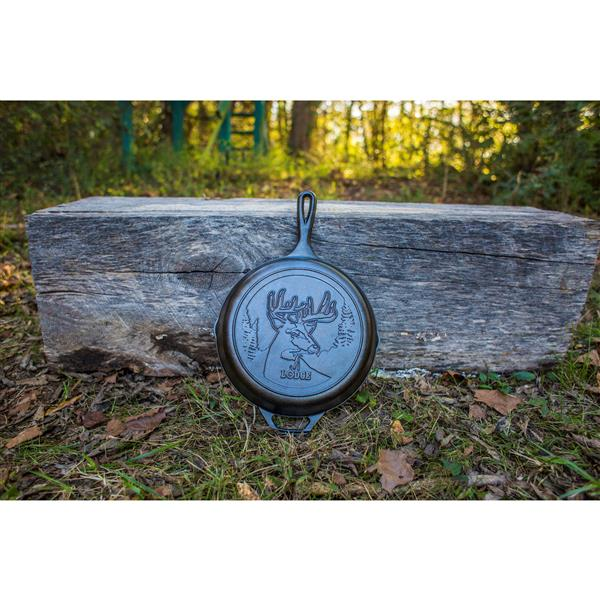 Lodge Wildlife Deer Cast Iron Skillet - 10.25-in.