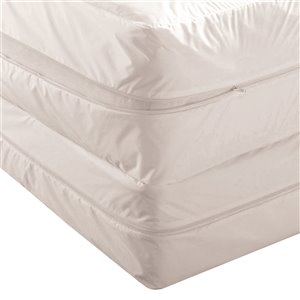 Millano Collection Bug Basics Mattress Protector - 75-in x 54-in - White