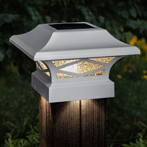 Capuchon de poteau solaire Kingsbridge de Classy Caps à double  éclairage, blanc