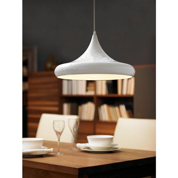 Luminaire suspendu Coretto de EGLO Simple, fini blanc Lustré avec abat-jour en métal blanc