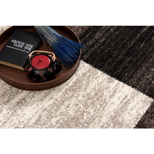 Rug Branch Nova Modern Area Rug - Round - 5-ft 3-in x 5-ft 3-in - Brown
