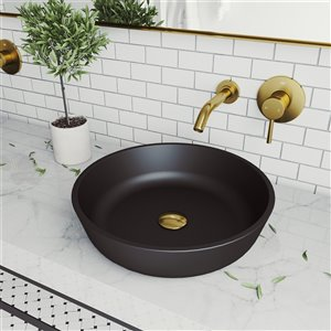Lavabo de salle de bains noir Modus de VIGO, robinet or mat, 16,5 po