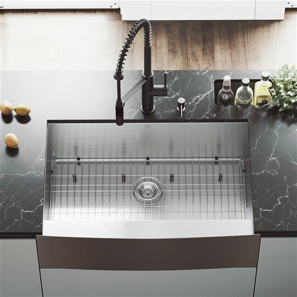Évier de cuisine simple en acier inoxydable Camden de VIGO, robinet noir mat, 37 po x 25 po