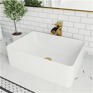 Lavabo de salle de bains blanc mat Amaryllis de VIGO, robinet or mat, 19,75 po