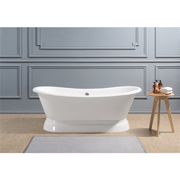 Streamline Freestanding Oval Bathtub with Center Drain - 32-in x 71-in - Glossy White Cast Iron