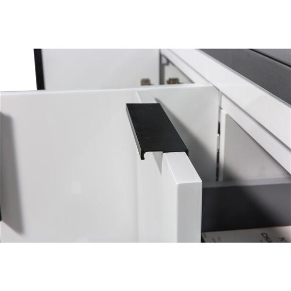 Meuble-lavabo Berlin de GEF avec 2 portes/6 tiroirs, comptoir quartz, blanc, 48 po