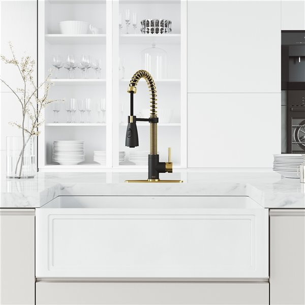 VIGO Pull-Down Kitchen Faucet in Gold/Black with Deck Plate