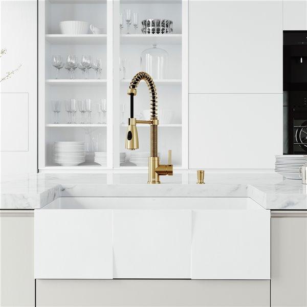 VIGO Farmhouse Kitchen Sink in Matte White with Drain - 33-in